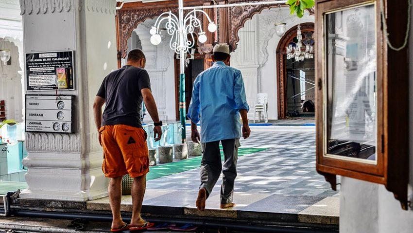Masuk-Masjid
