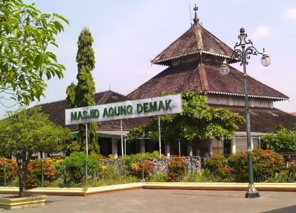 Sejarah Masjid Agung Demak
