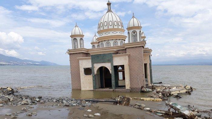 Masjid Terapung Di Palu