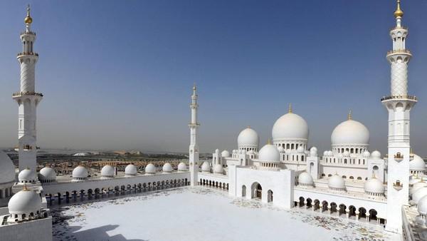Masjid Agung Syaikh Zayed