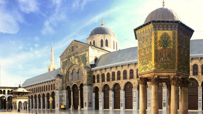 Masjid Damaskus Hasil Karya Arsitek Terkenal yang Bernama