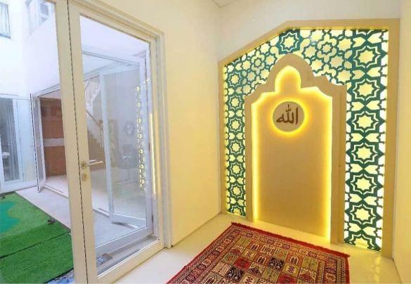 Pintu Mushola dalam Rumah