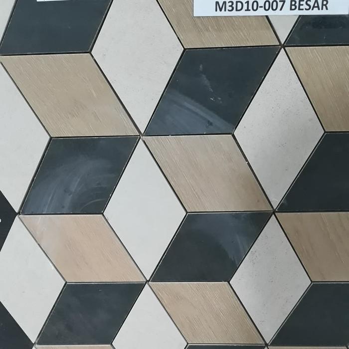 keramik dinding mushola